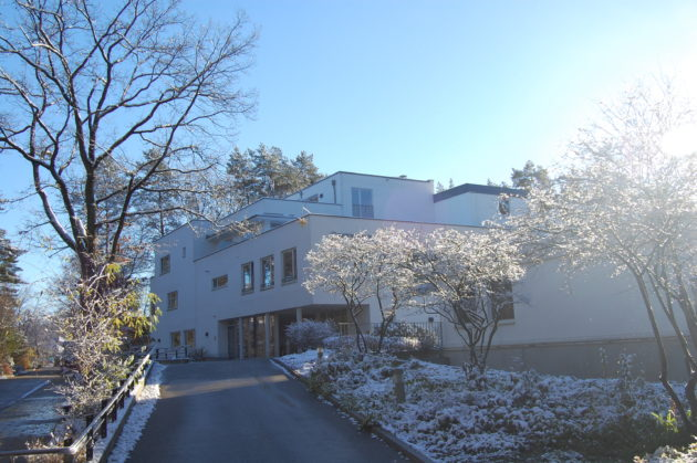 Heidehotel im Winter